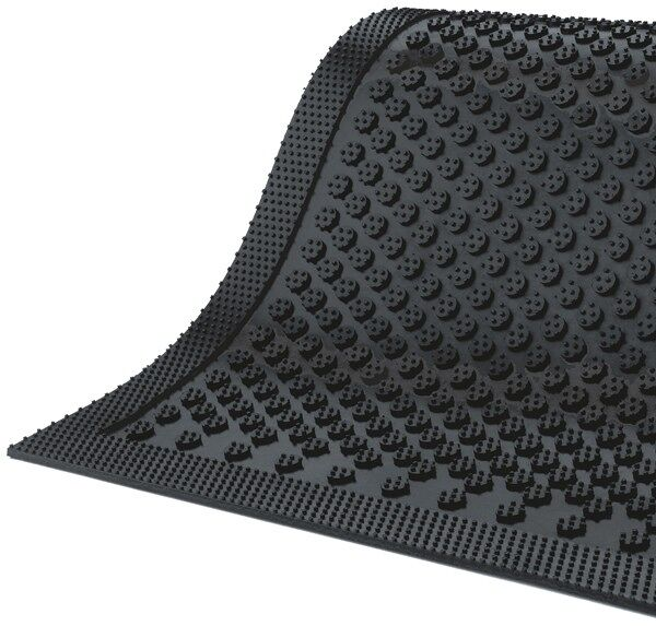 Safety Scrape Slip Resistant Mat 2 Floormat.com This indoor/outdoor slip-resistant safety mat has a molded grip-surface that effectively scrapes tough dirt and grime off shoes and provides an excellent anti-slip surface. The mat is UV stable and available in a cleated backing. <ul> <li>Durable Nitrile Rubber construction</li> <li>Earth-friendly with 20% recycled rubber content</li> <li>Recommended for use in locker rooms, outside of entrances and grocery store produce areas</li> </ul>