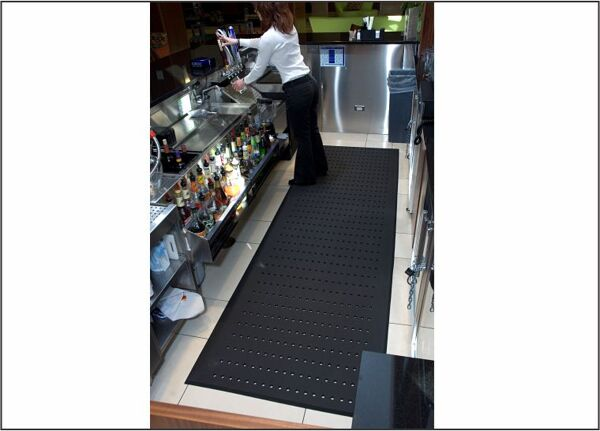 completecomfortkitchen 1 bar area Floormat.com Complete Comfort industrial floor mats are recommended for wet and dry areas such as kitchens or industrial areas. <ul> <li>Ergonomically superior anti-fatigue mat</li> <li>100% closed-cell Nitrile rubber construction with anti-microbial properties</li> <li>Beveled edges for easier floor to mat transition</li> <li>Slip resistant surface is oil/grease proof and chemical resistant</li> <li>Light weight and easy to clean</li> <li>Available with or without holes</li> <li>Recommended for wet and dry areas such as kitchens or industrial areas</li> </ul>