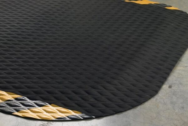 "hog heaven 2 Floormat.com Recommended for distribution, manufacturing and retail facilities for picking lines, assembly lines, work stations, check-out stations and more. Borders are beveled and are available with OSHA approved colors: yellow, orange, green or red. Welding safe and electrically conductive. <ul> <li>7/8"" thickness</li> <li>Chemical resistant, grease & oil proof</li> <li>Rubber borders will not crack or curl</li> </ul>"
