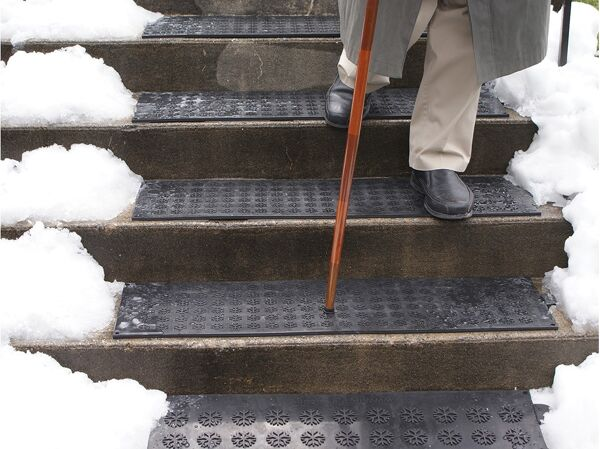 hotflake stair 1 Floormat.com Melt snow & ice outside your facility for safer footing. <b>(GFCI Power Cord not included.)</b> <ul> <li>Salt and sand no longer necessary</li> <li>No more shoveling or back pain!</li> <li>Floor mats are completely waterproof and offer great anti-slip traction, even in the worst conditions!</li> <li>The floormat will maintain an average AMBIENT temperature of 44 to 50 degrees Fahrenheit (7 to 10 degrees Celsius). Don't be concerned about your pets burning their feet – you may see them lying on the mats for warmth.</li> <li>Connect up to ten: 120V treads, fifteen: 230V treads and fifteen: 240V treads together using one GFCI</li> <li>100% virgin SBR rubber</li> </ul>