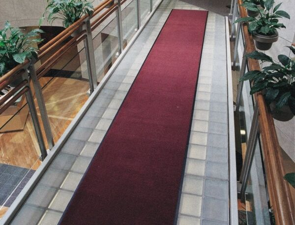 "stylist 3 Floormat.com <span data-offset-key=""epcq4-0-0"">Designed to release dirt easily with daily vacuuming or may be cleaned with any commercial carpet cleaning system. Recommended for commercial buildings, hotels, restaurants, healthcare facilities, office buildings, and more. Mat is not launderable.</span> <ul> <li>Edge maximizing the standing area</li> <li>The top will not separate</li> <li>Smooth non-skid vinyl backing</li> </ul>"