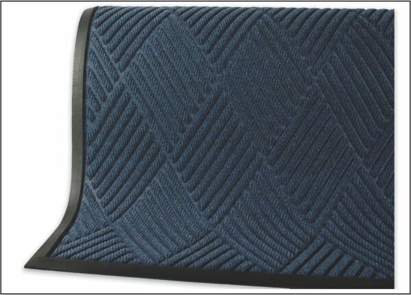 "Waterhog Classic Diamond 1 Floormat.com This indoor/outdoor entrance scraper mat is made of a 24 oz.sq/yd Polypropylene fiber system that dries quickly and won't fade or rot. <ul> <li>3/8"" thick bi-level surface effectively removes dirt and moisture beneath shoe level</li> <li>Rubber reinforced face nubs prevent pile from crushing extending performance life of product</li> <li>Unique ""Water Dam"" and ridged construction effectively holds dirt & moisture between cleaning</li> </ul>"