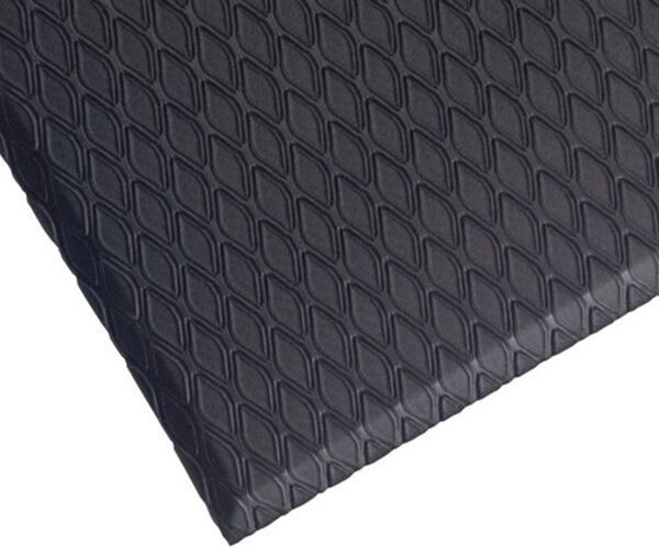 cushion max corner shot Floormat.com Indoor mats feature a diamond pattern, slip-resistant top surface for dry or wet indoor industrial and commercial applications.