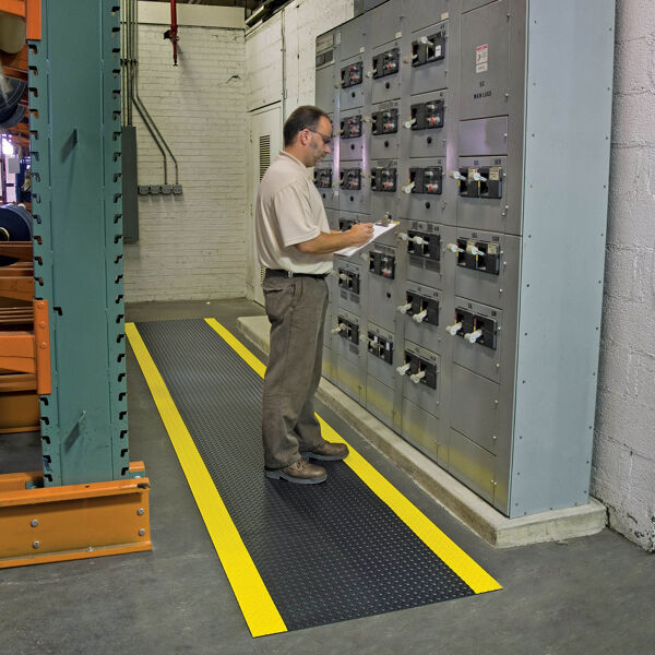 diamond switchboard mat 3 Floormat.com Diamond Switchboard Matting is a non-conductive floor matting made from a PVC compound. Thes mats are designed to provide insulation for the worker. The Diamond Switchboard Matting prevents the worker from being grounded, thereby eliminating the possibility of electrical shock. The diamond plate top provides increased traction, and is easy to sweep clean.