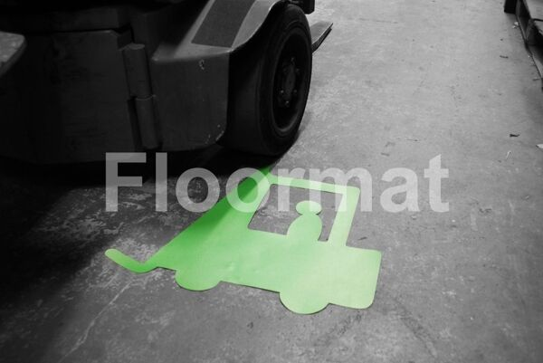 forklift situ bw 2 Floormat.com Floormat.com warehouse markers are durable, self-adhesive signs constructed from industrial grade plastic. Intended for use in factory warehouses and buildings where restrictions and safety notifications need to be highlighted.