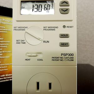prog thermostat Floormat.com RugBuddy and Spiffy Vinyl matting provide warm, radiant heat from under your chair or workstation. The kit consists of three products that will be laid over top of each other. This is so you can position it as needed for your desk/application. There is also a thermostat at the end of the cord that will be plugged into the wall outlet. It is a self-regulating thermostat. Which means it will not require any settings.